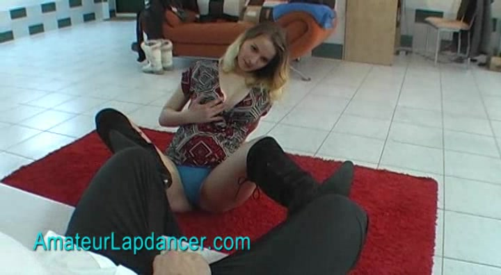 Amateur czech chick lapdances in black boots bbw stomach rumbling