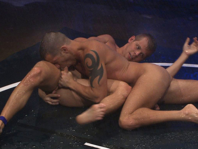Shane Frost vs Mike Rivers - The Water Match Teen age porn sex tube