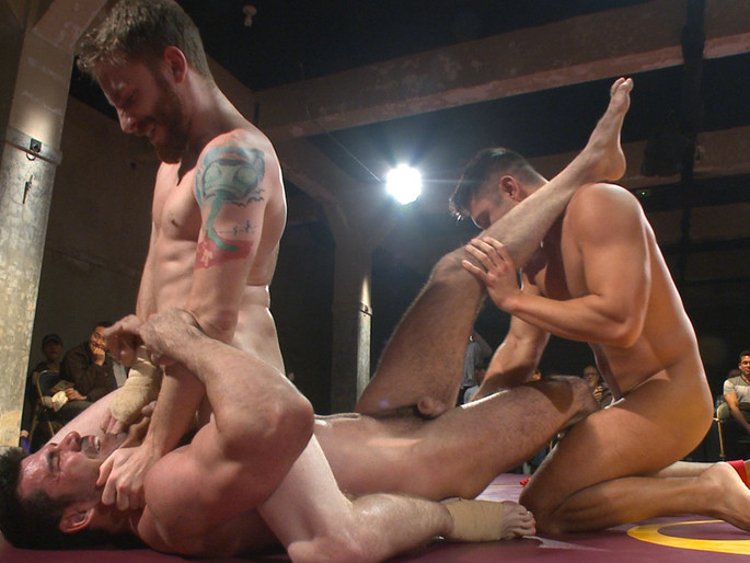 Four hot studs fight for the right to fuck in front of a live crowd! Free High Quality Porn Video