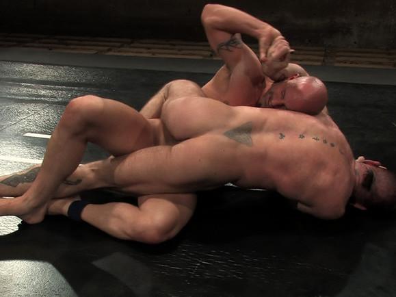 Brock Armstrong vs Tober Brandt Arnold Scwarzenegger Nude
