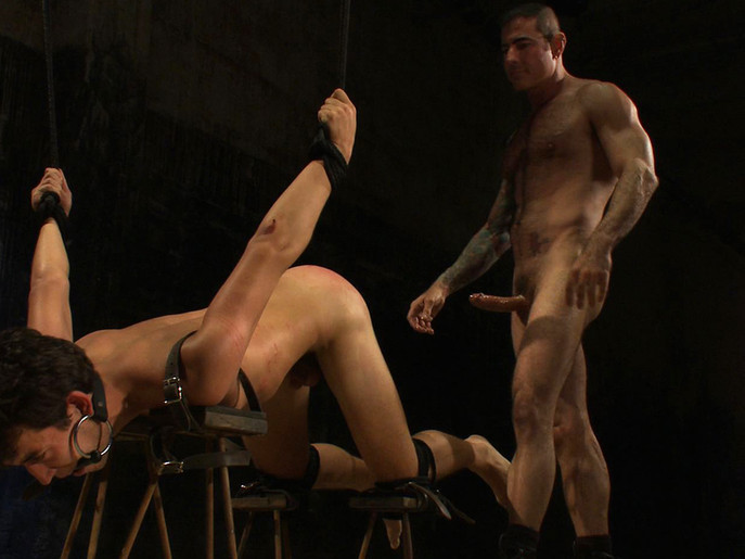 American Graffiti in Boundgods Video Nude white bitch shows her pussy