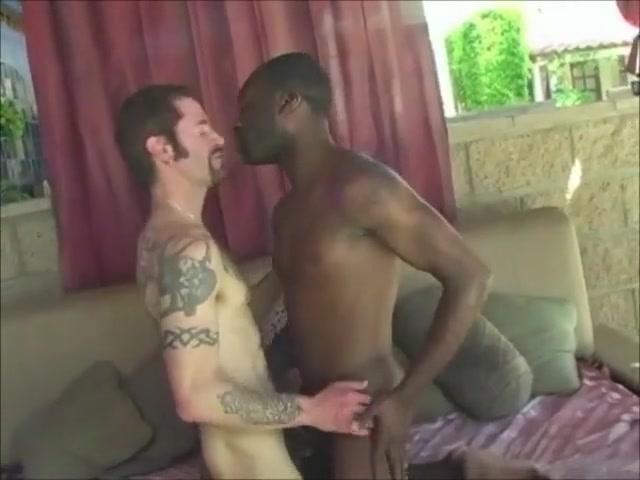 Hotboi fucks a white guy! Is carmen electra a lesbian