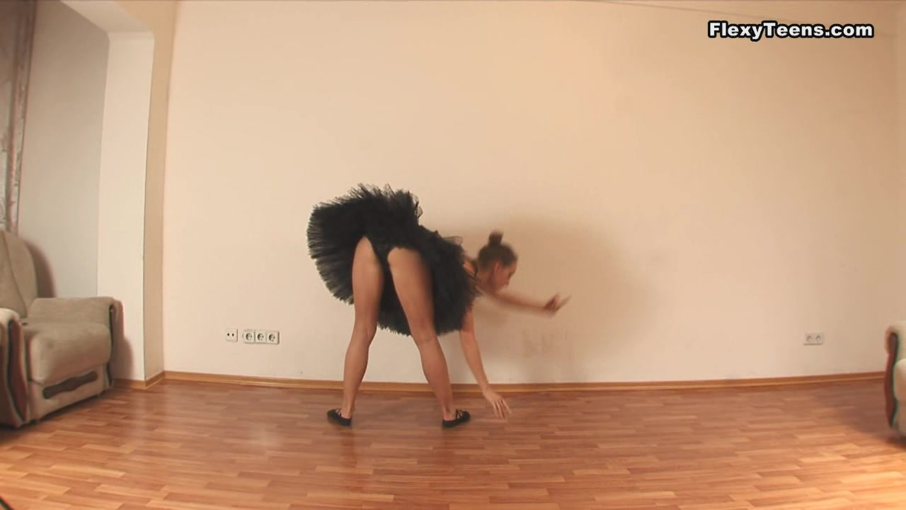 Linda Paro - Gymnastic Video part 1