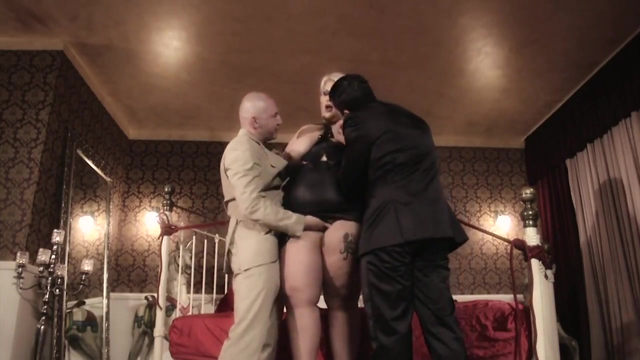 Ssbbw bdsm blonde used in 3some