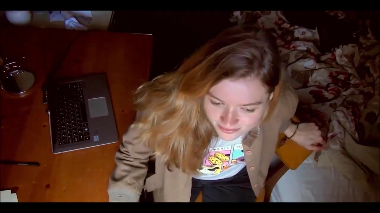 Selfie video : Ravishingly redhead home alone. david martz and puma swede sex tape