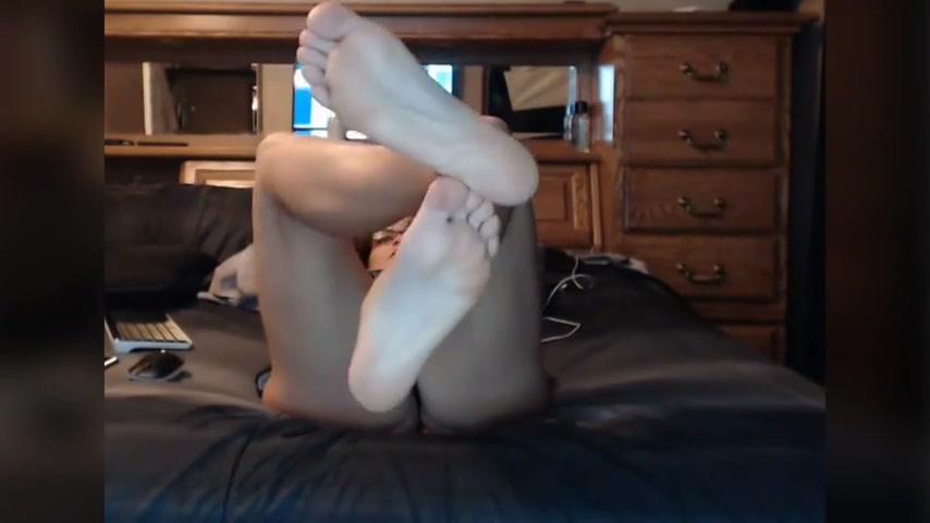 Glasses Cam Chick Shows Feet NO SOUND brazilian anal fuck redtube