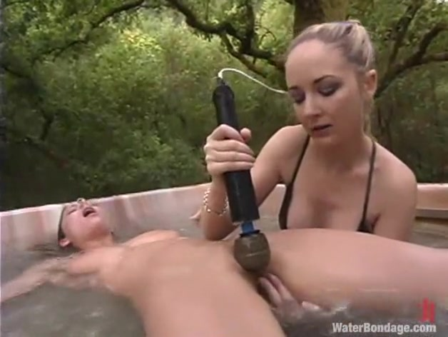Brooke Bound in Waterbondage Video Busty blonde fisting