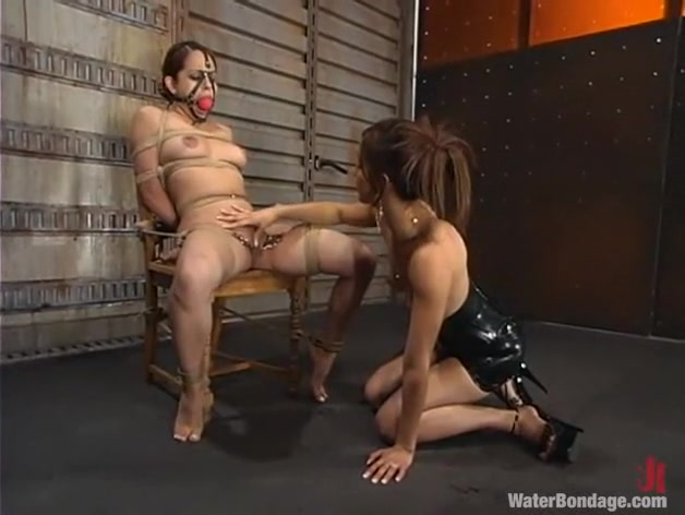 Victoria Sweet and Isis Love in Waterbondage Video fhuta marketa gets creamed in both holes 1