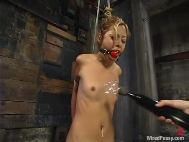 Kat in Wiredpussy Video Dark ebony sex