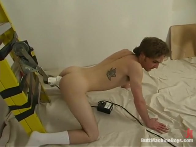 Bud Green in Buttmachineboys Video Woman squirts while sucking cock