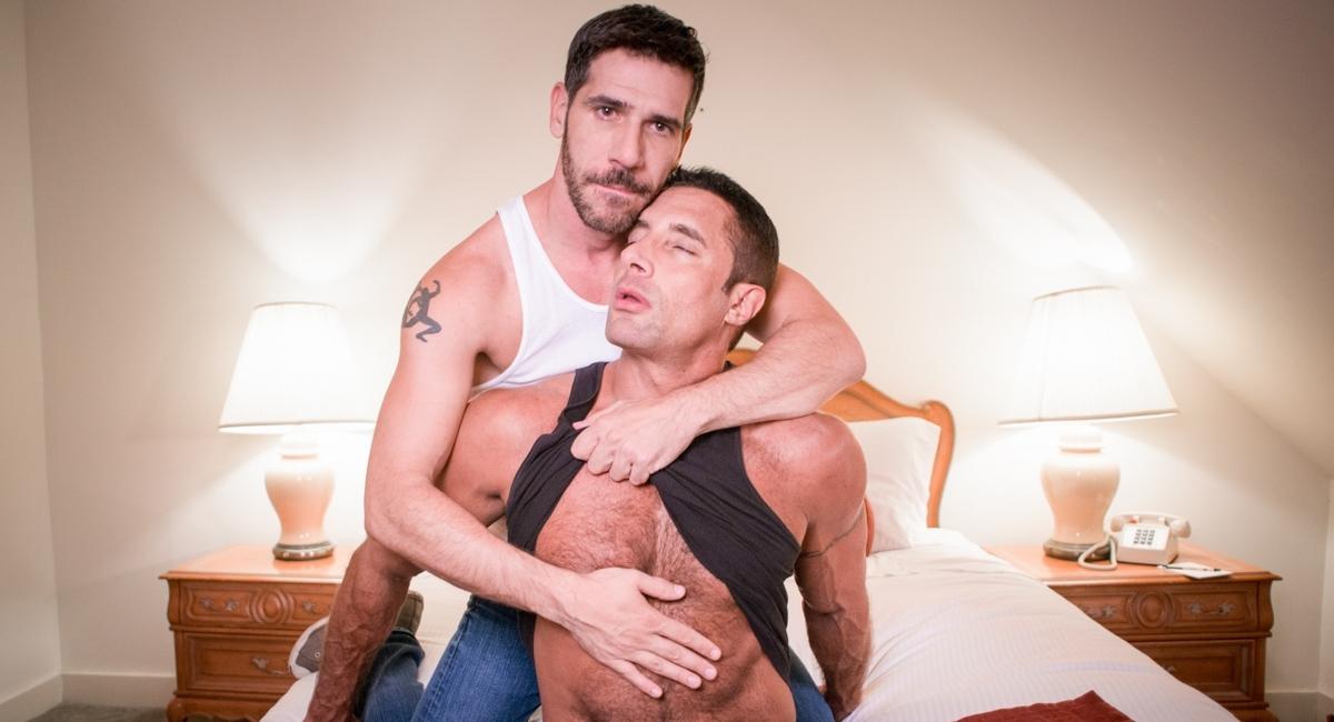 Nick Capra & Tony Salerno in Straight Boy Seductions 2, Scene 03 - IconMale Se lo mama rico a la amiga