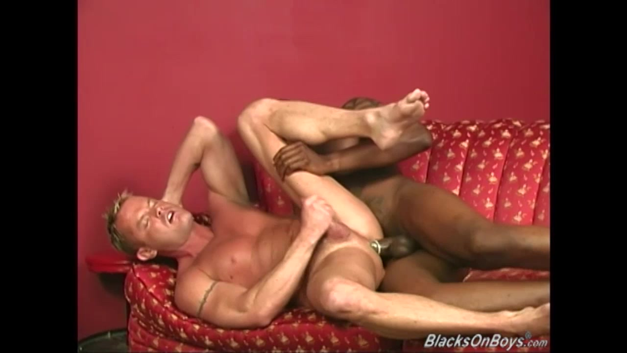 Muscular blonde gets assbanged by blacks Jrc sti 2 man single skin