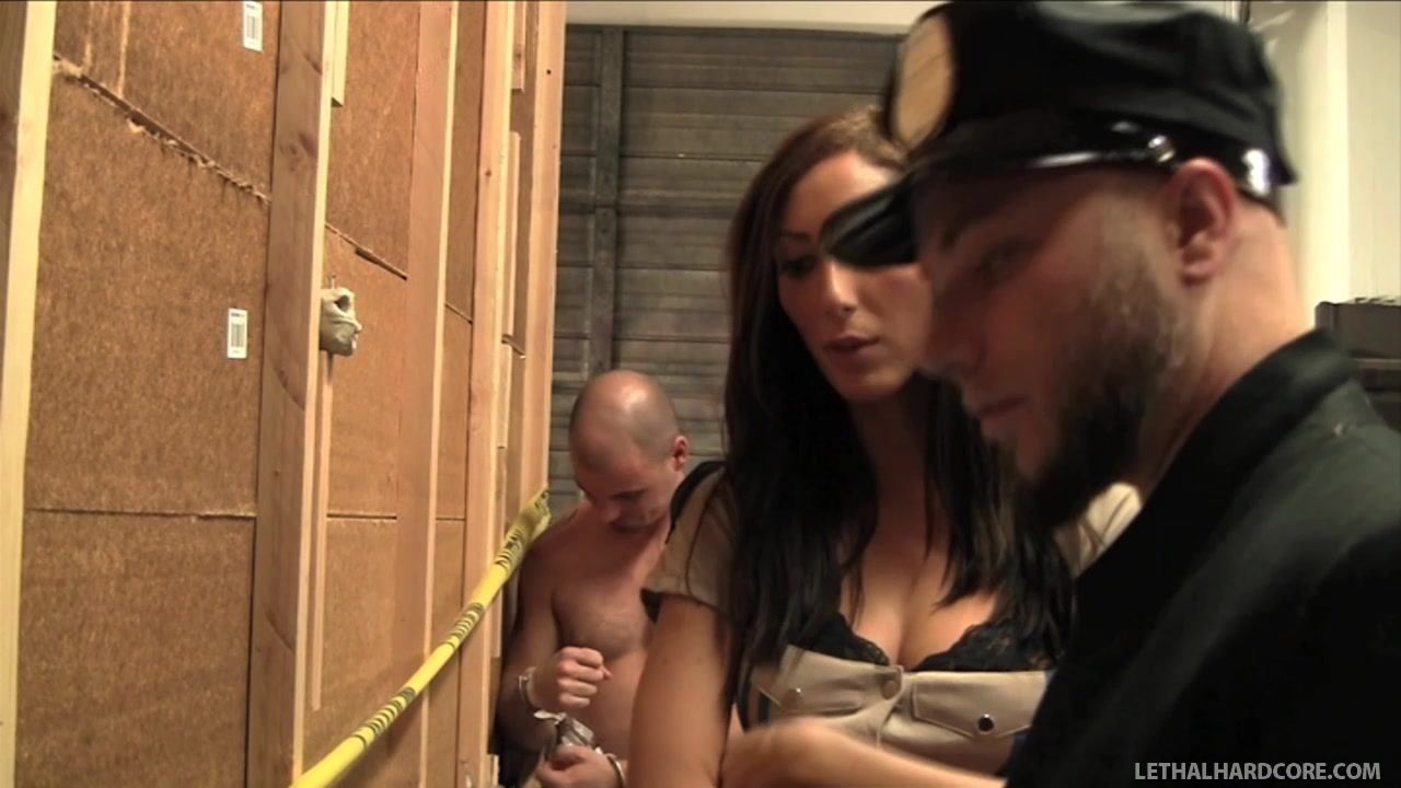 Sexy Cop Angelica Saige Collects The Evidence On Her Face Cumshot party