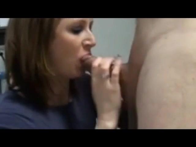 Schwangere nachbarin im keller go nude in public