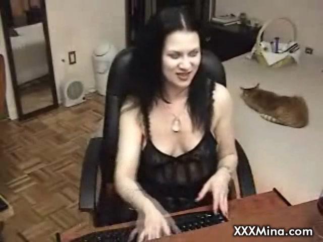 Brunette babe smoking masturbating on cam real female orgasim sex video