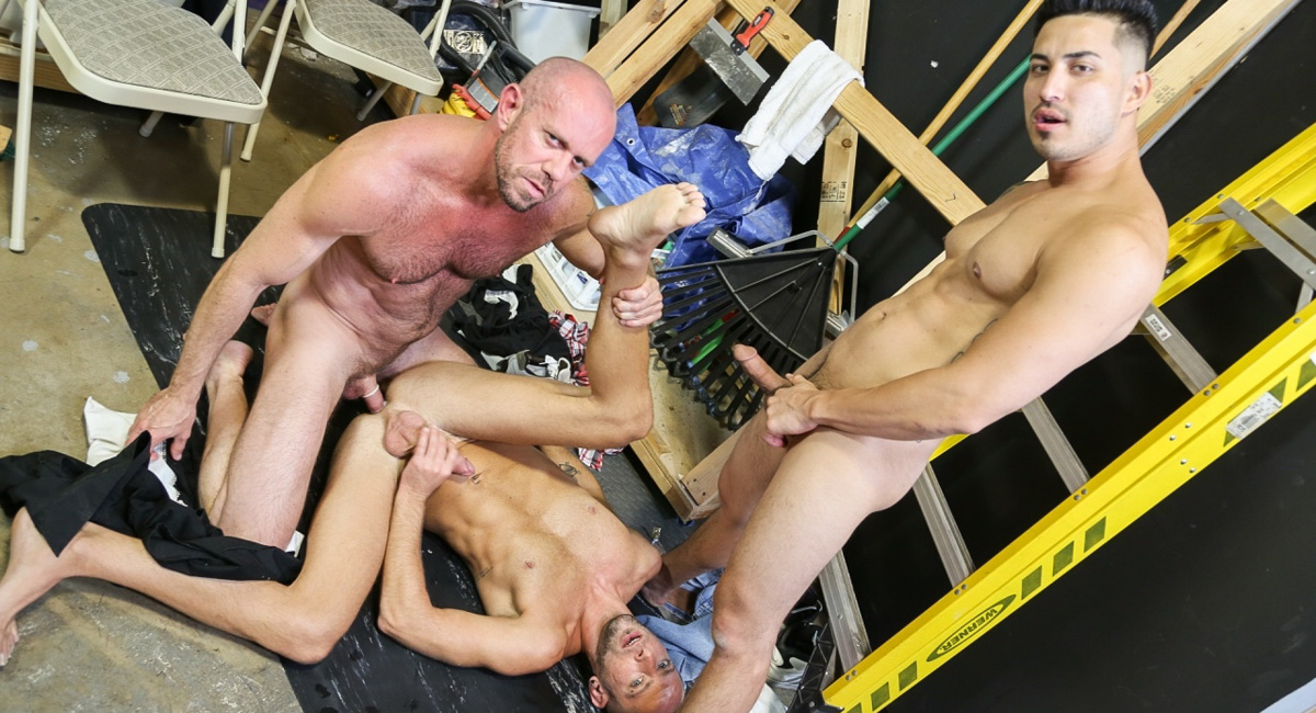 Hunter Vance & Matt Stevens & Dek Reckless in Relieving Work Place Tension Part 2 Video - MenOver30 porn pics in limewire
