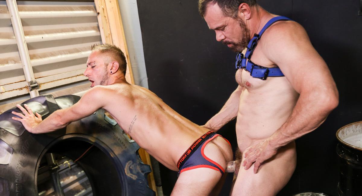 Max Sargent & Dek Reckless in Backroom Scent Video - MenOver30 Names Of Sexual Acts