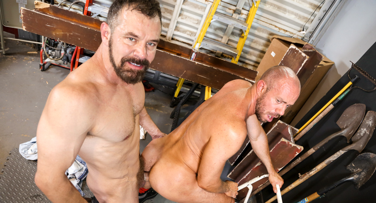 Matt Stevens & Max Sargent in The Right Job for His Tool Video - MenOver30 free gilf fucking videos