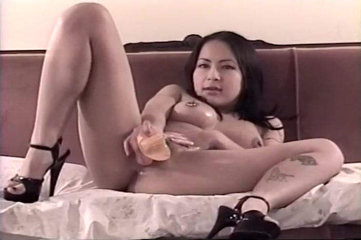 Hot Asian Octavia Uses Toys to Get Off Sex pistol review