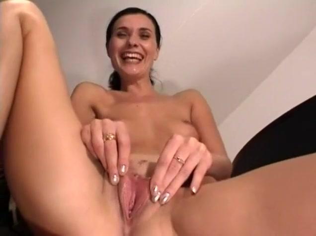 German Businesswoman Playing with Pussy Vegan vegetarian singles