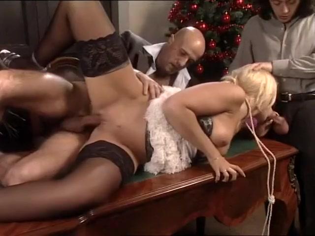 High Class Society Woman in Threesome i love money myamee nude