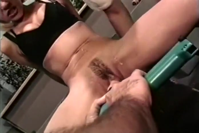 Patricia Klyne gets Power Tool Dildo Pumped in her Hot Pussy nude naked sex tube