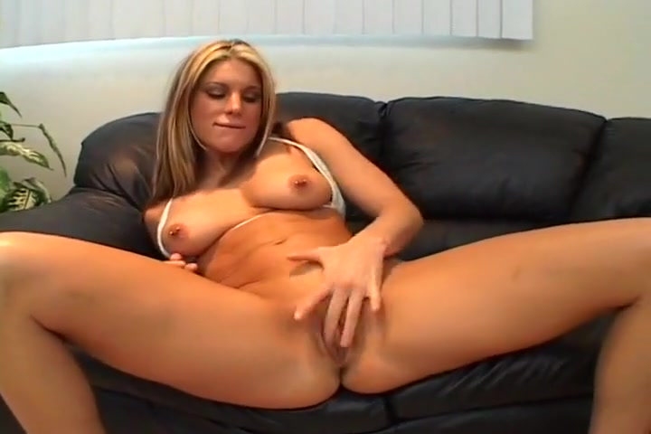 Filthy Blond Whore Fingers Her Own Ass Kinky lesbo In The Back-seat