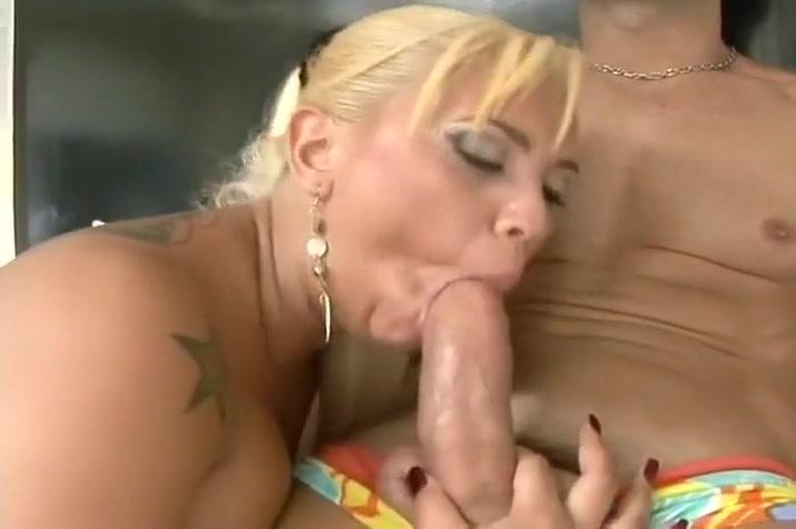 Cock Slurping Blonde Slut Is Anally Penetrated On Home Video www.fucking movie of fat tibetian women.com