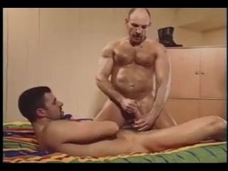 testosterone motel Japanese nudist resort