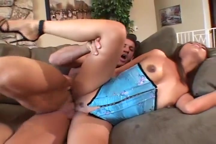 Lena Julliette Has Her Wet Pussy Licked