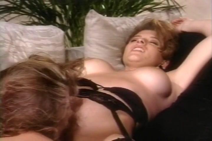 Three Lesbians Fuck In An Office Porn Black Girls Kissing