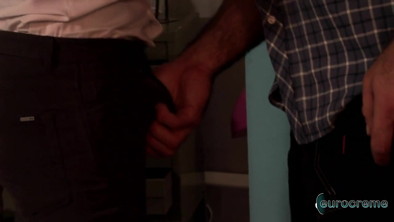 Eurocreme: JP Dubois and Spencer Reed spying neighbors wife naked