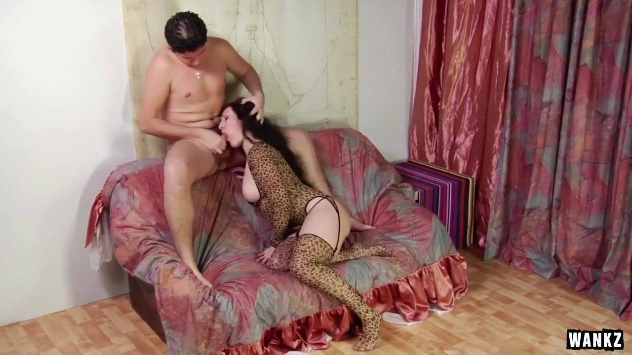 Russian Slut Nadia Spreads Pussy Wide For Fucking Licking, licking and then penetrating into the beauty