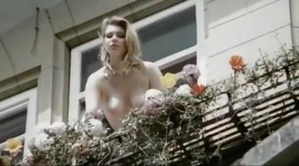 Sechs schwedinnen von der tankstelle (1980) Homemade big dick videos