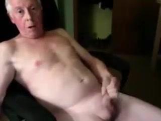 718. Aunty nude sex photos