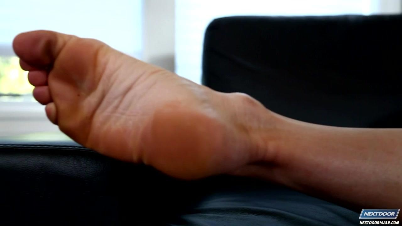 NextDoorBuddies Video: Chip Tanner Oprah winfrey online dating