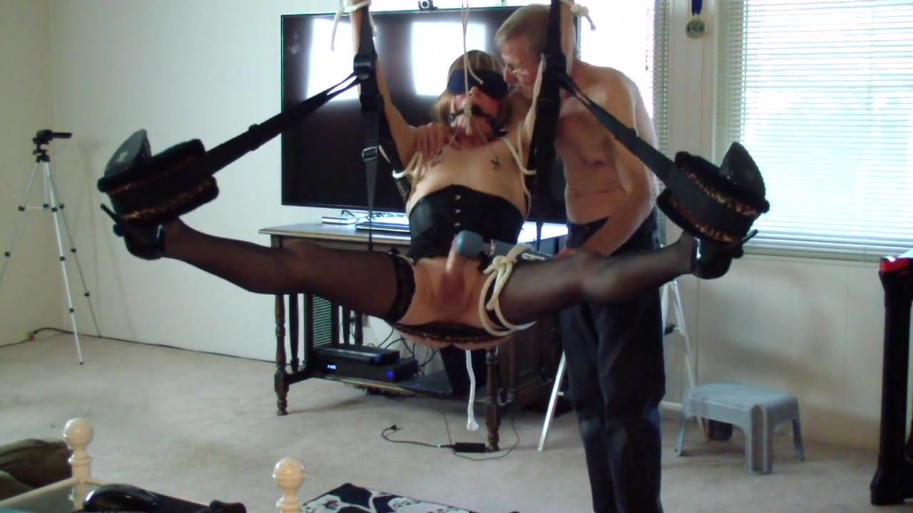 Swing play Naughty but nice beloit wi