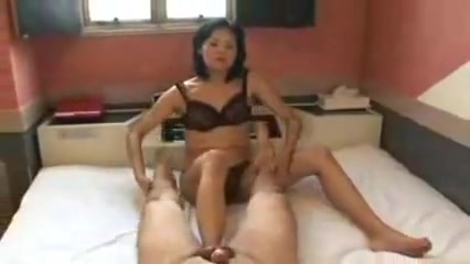 Japanese milf licking the anusto clean