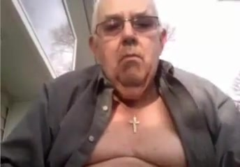 Grandpa show 28 Visible heart beat belly neck