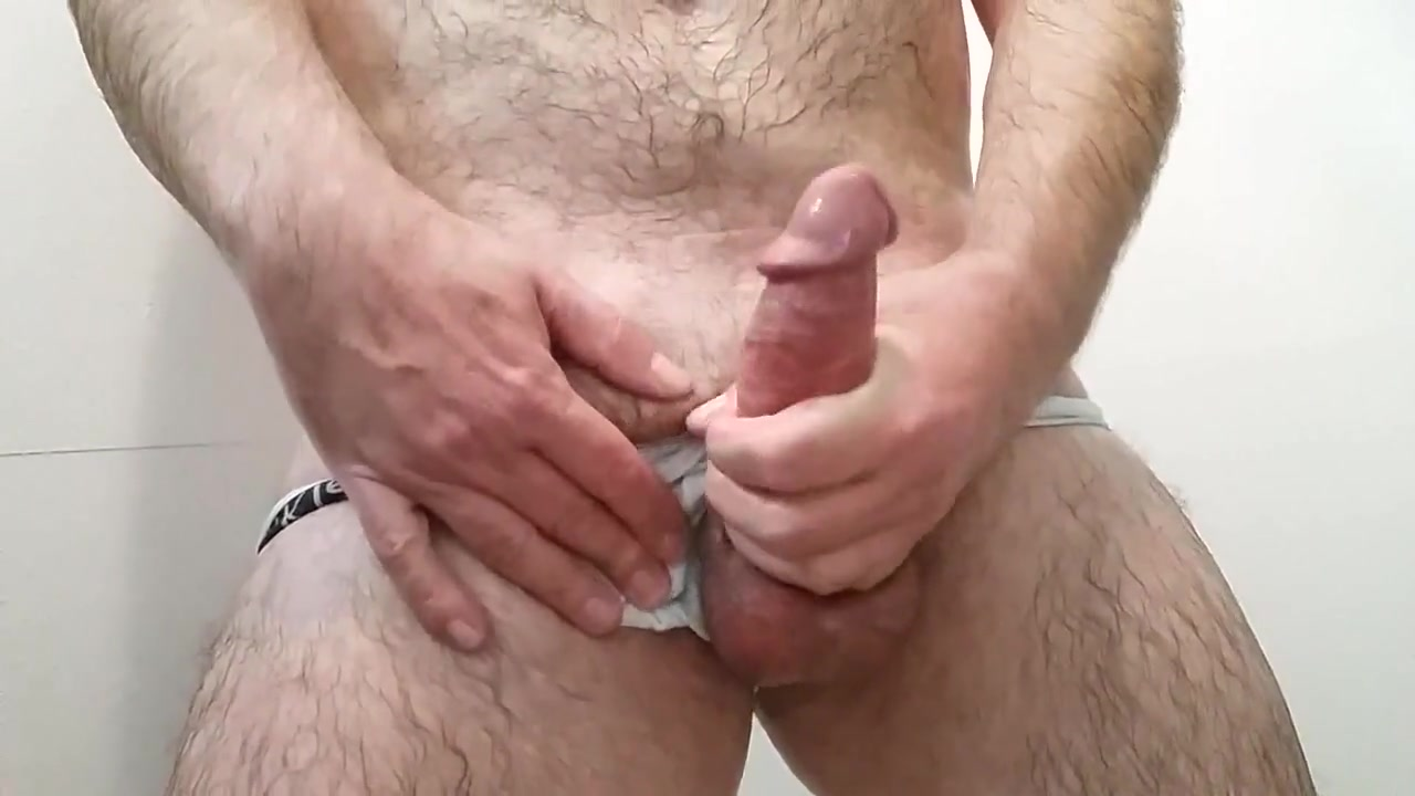Mature shower masturbation until cumshot hayden panettiere photos nude