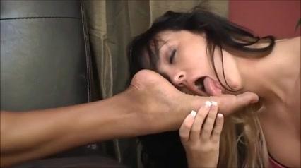 lesbian worship ebony feet Frances humedo y sabroso