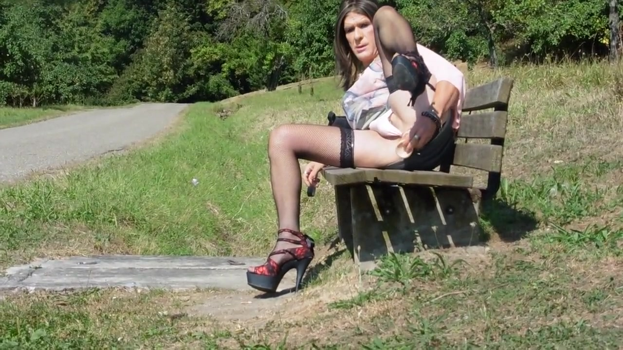 Dildofucking on a park bench near road All natural nude floppy boobs pinterest