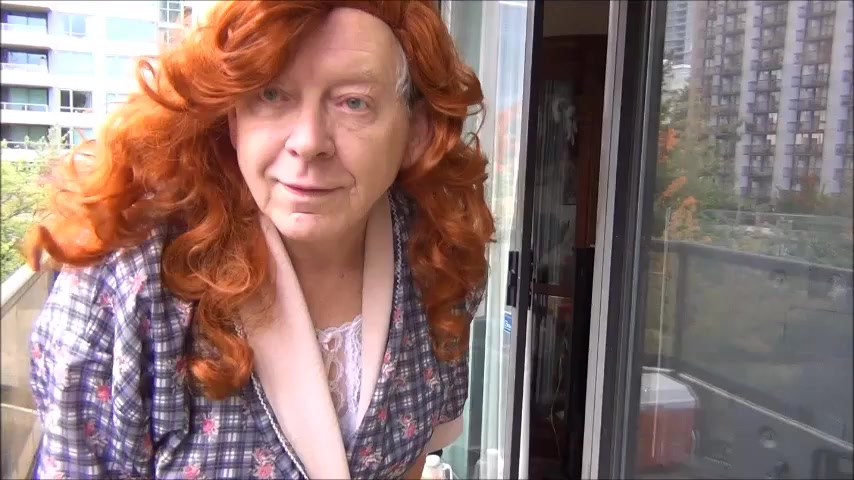 Naughty gigi - redhead in white Free online ebony porn videos