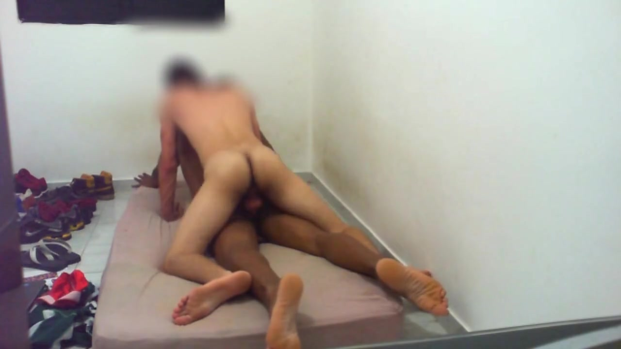 Hot twink fucks a muscle man What are seashells made of