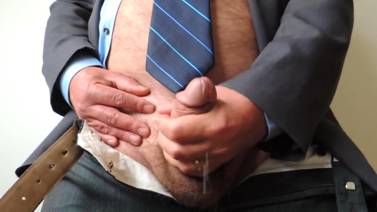 Mature Daddy Cumshot at the Office Gay Jonathan