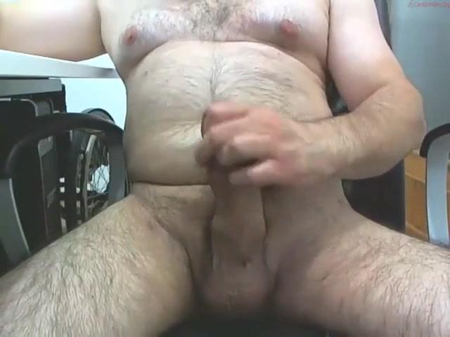 Mature male masturbating 1 Suck the boys dicks