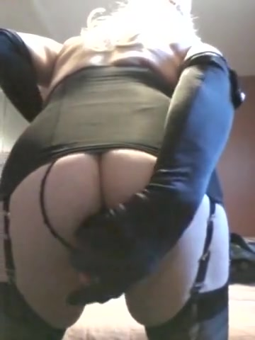 At seedy motel on Holiday Hot single fat women pic