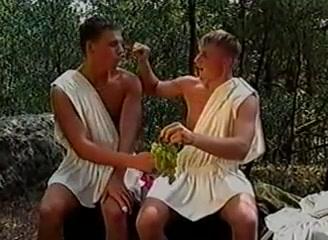 Boys Have Fun in the Forest Rosssy la robo sesualxxx