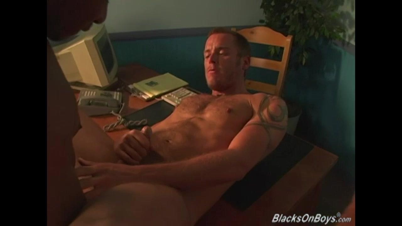 Muscular white man getting shared by black thugs Cartoon porn pics com