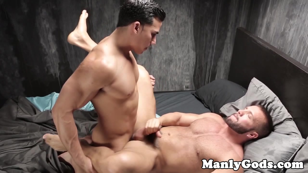 Muscled jock bangs cocksucking hunk porn on married my